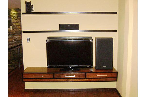 Muebles para LCD 32 42 pulgadas a medida Fabrica en Zona Oeste, Norte