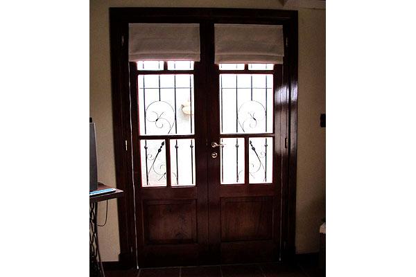 ontradicciones de la mujer ventanas de madera a medida